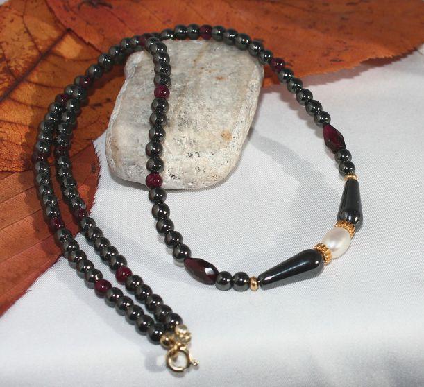 Unikatowa biżuteria - naszyjnik z hematytu, granatu i perel 1