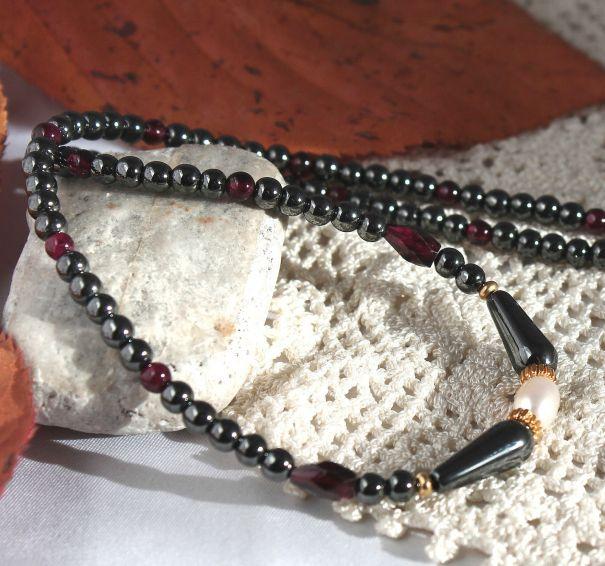 Unikatowa biżuteria - naszyjnik z hematytu, granatu i perel 3