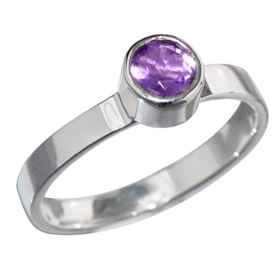 pierścień z ametystem