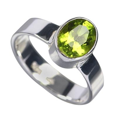 pierścień z peridotu - owal