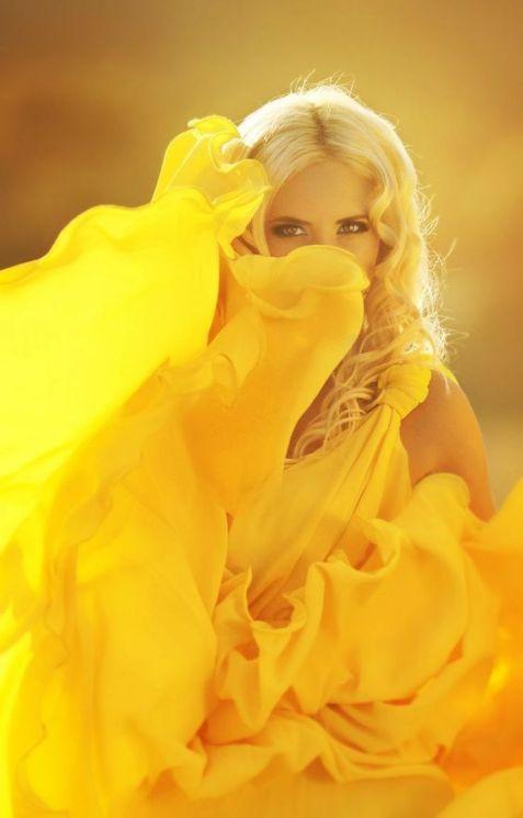 kolor żółty 2