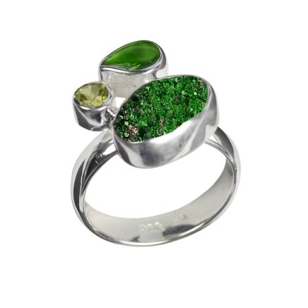 Ring Uwarowit, Peridot, Chromdiopsid 1.jpg